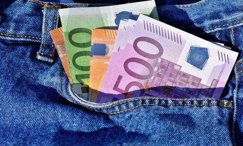 15.09.08_money