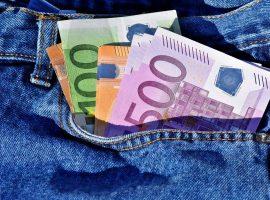 20.02.13_money